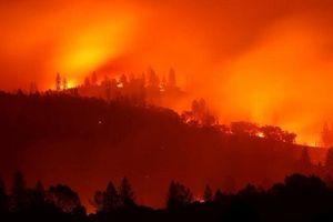 Mỹ thuê tù nhân dập lửa trong vụ cháy rừng thảm khốc nhất lịch sử
