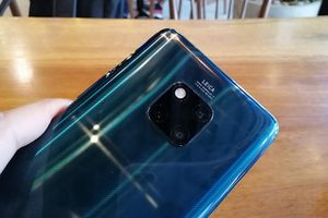 Huawei nhắm đến smartphone 4 camera sau và zoom quang 10x