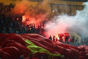 Cổ động viên và đội tuyển Malaysia được bảo vệ nghiêm ngặt khi sang Việt Nam