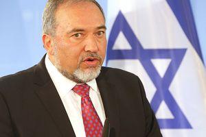 Bộ trưởng Quốc phòng Israel bất ngờ từ chức, chính phủ rơi vào khủng hoảng
