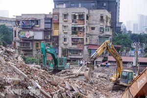 Bắt đầu xóa sổ chung cư 'đất vàng' 7 năm cải tạo không xong