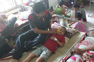 Tia hy vọng mong manh của cậu bé mắc bệnh ung thư máu