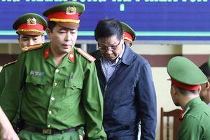 Bị cáo Phan Văn Vĩnh được chuyển vào phòng y tế
