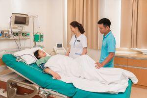 Tạm biệt cơn đau 'lịm người' sau sinh mổ bằng phương pháp gây tê đặc biệt tại Vinmec