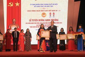 Hà Nội vinh danh 129 nhà giáo mẫu mực