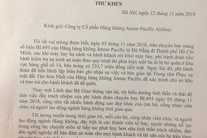 Tuyên dương phi hành đoàn Jetstar Pacific trả du khách quốc tế 230 triệu đồng bỏ quên