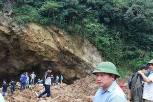 Thông tin mới nhất vụ sập hầm vàng tại Hòa Bình