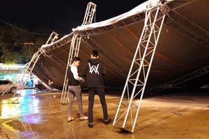 Bình Dương: Sập khung sắt ngoài trời, nhiều người may mắn thoát nạn
