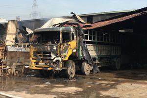 TP HCM: Cháy kho hàng tại Hóc Môn, nhiều tài sản bị thiêu rụi