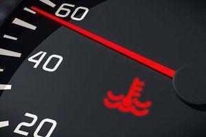 Thấy những đèn cảnh báo này trên ô tô, cần hết sức lưu ý