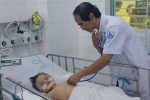 Hội chẩn bằng smartphone, 2 bệnh nhi bị tay chân miệng nặng được cứu sống
