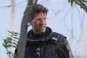 Tom Cruise xuất hiện bụi bặm trên phim trường 'Top Gun: Maverick'