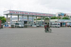 Xe dù, 'cò khách' ngang nhiên hoạt động trước cổng bến xe: Sở GTVT Đà Nẵng phản hồi