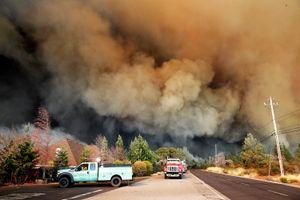 Thảm họa cháy rừng ở California (Mỹ): 50 người chết