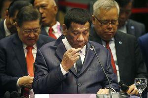 Tổng thống Duterte bỏ 4 sự kiện trong hội nghị ASEAN để chợp mắt