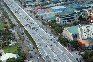Hà Nội: Chất lượng không khí 2 điểm giao thông gần ở mức kém