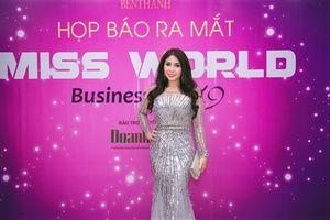 Diễn viên Lý Hương rạng ngời ngồi ghế giám khảo chấm thi Miss World Business 2019