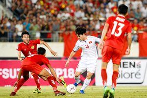Công Phượng dẫn đầu bình chọn cầu thủ hay nhất lượt 1 vòng bảng AFF Cup