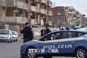 Italy triệt phá đường dây đánh bạc trực tuyến bạc tỷ EUR