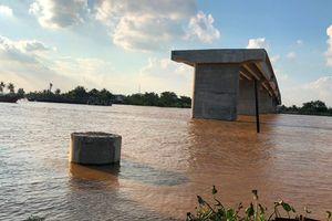 100% hộ dân ủng hộ xây cầu nhưng không giao mặt bằng