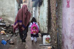 Pakistan: Các bé gái khó tiếp cận giáo dục