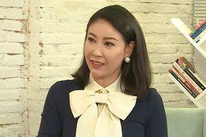 Hoa hậu Hà Kiều Anh: 'Tôi yêu năm 14 tuổi, 16 tuổi có nụ hôn đầu đời'
