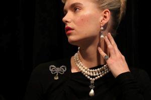 36 triệu USD cho mặt dây chuyền ngọc trai của hoàng hậu xấu số Marie Antoinette