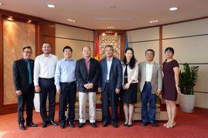 Lãnh đạo Petrovietnam tiếp Đại sứ Đặc mệnh toàn quyền Việt Nam tại Cộng hòa Angola