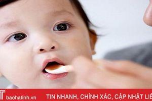 Chuyên gia 'vạch trần' sai lầm của bố mẹ khi bé rối loạn tiêu hóa, biếng ăn