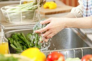 Mẹo rửa rau, củ, quả sạch bay hóa chất