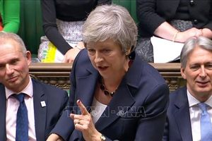 Nhọc nhằn vượt qua từng nấc thang Brexit