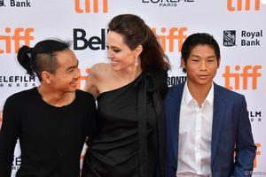 Con trai của Angelina Jolie - Brad Pitt 'bỏ nhà đi bụi' sang Hàn Quốc vì trận chiến của bố mẹ