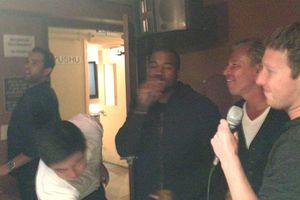 Kanye West từng đi karaoke với Mark Zuckerberg và bài hát hai người chọn thì người Việt nào cũng biết