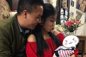 Hôn phu của MC Hoàng Linh đăng ảnh tình cảm giữa tâm bão chia tay, bày tỏ ý muốn sinh thêm một cô con gái