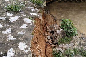 Thanh Hóa: Cầu Hàm Rồng bị sụt lún nghiêm trọng, đe dọa tuyến đường sắt Bắc - Nam