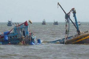 Thái Bình: Tàu cá va chạm với tàu vận tải, một thuyền viên mất tích