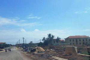 Quảng Bình: Công trình nâng cấp tỉnh lộ 2 không rào chắn, đe dọa an toàn người đi đường (!)