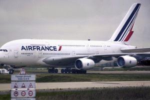 Hàng trăm hành khách của Air France bị mắc kẹt 3 ngày tại Siberia