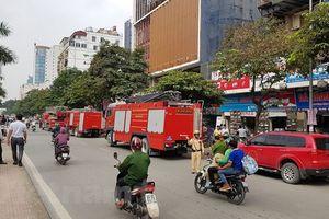 Hà Nội: Cháy lớn tại công trình xây dựng Trung tâm lưu ký chứng khoán Việt Nam