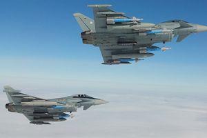 Thừa nhận của Đức về màn đối đầu giữa Typhoon và S-400