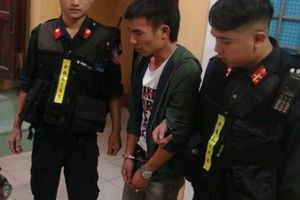 Cảnh sát cơ động đuổi bắt 9X tàng trữ ma túy tháo chạy trong đêm