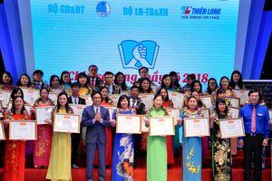 Tôn vinh 48 giáo viên tận tụy với học sinh khuyết tật