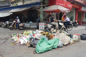 Rác bao vây thành phố Nam Định