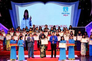 Tuyên dương 48 thầy cô giáo hết lòng vì học sinh khuyết tật