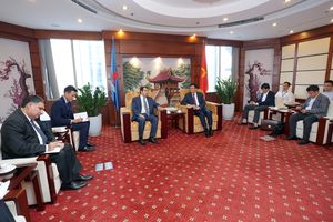 Lãnh đạo Petrovietnam tiếp Đại sứ Azerbaijan tại Việt Nam
