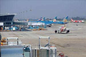 Có trên 2.550 chuyến bay bị chậm, hủy chuyến trong tháng 10
