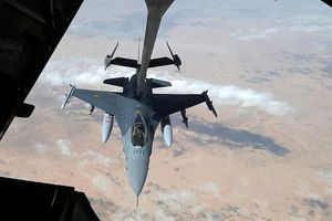 Mỹ không kích vào khu dân cứ nhiều dân thường Syria thiệt mạng