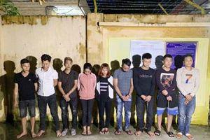Thanh Hóa: Bắt quả tang 9 thanh niên nam nữ đang tổ chức 'bữa tiệc' ma túy trong phòng hát