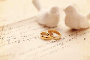 Nguồn gốc và ý nghĩa của chiếc nhẫn cô dâu trong ngày cưới?