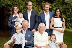 3 thế hệ hội tụ trong bức ảnh gia đình mừng sinh nhật Thái tử Charles
